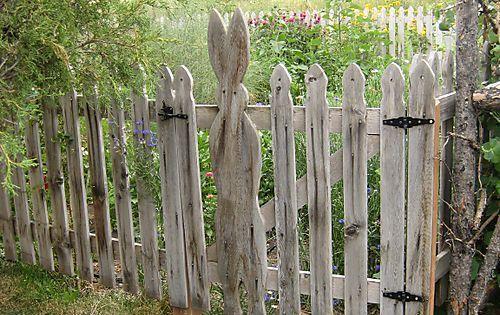 Peter Rabbit S Garden Picket Fence Garden Gates