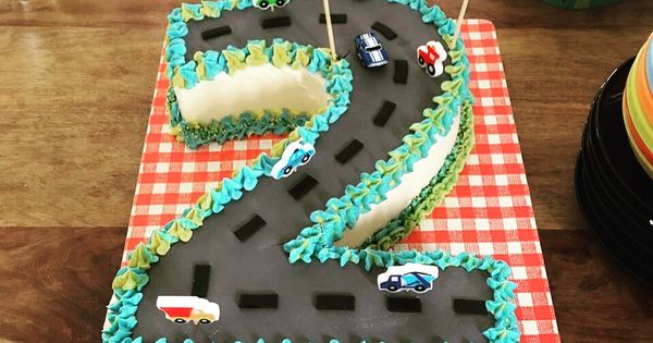 Zweiter Geburtstag Auto Torte Auto Torte Auto Kuchen Kindergeburtstag Torte Kindergeburtstag