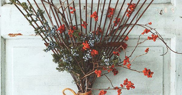 Rake Wreath for your Fall Door Decor