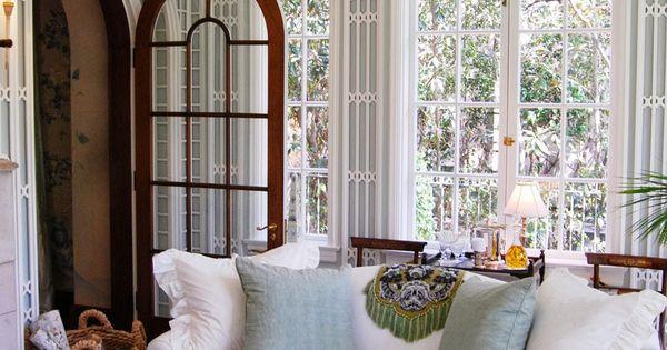 Sooo Cozy & love the white basket looking pendant light!  interior design  Pinterest
