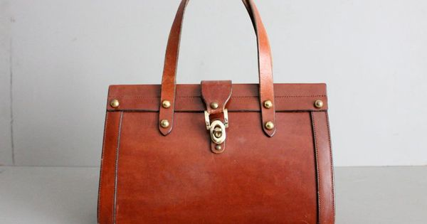 1960s vintage John Romain leather Awesome Handbags| http://beautifullhandbagstyles.blogspot.com