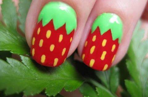 ¿Te encantan las fresas? Entonces este Strawberry Nail Art es para ti.