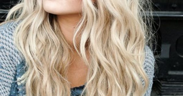 Beach waves tutorial - tshe has naturally curly hair to begin with!