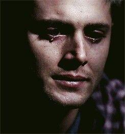 لا يفض ل أن تسأل إنسانا يبكي عن سبب بكائه فما كان ليبكي لولا أنه أختنق بالكثير من أسباب البكاء التي يص Supernatural Funny Supernatural Pictures Jensen Ackles
