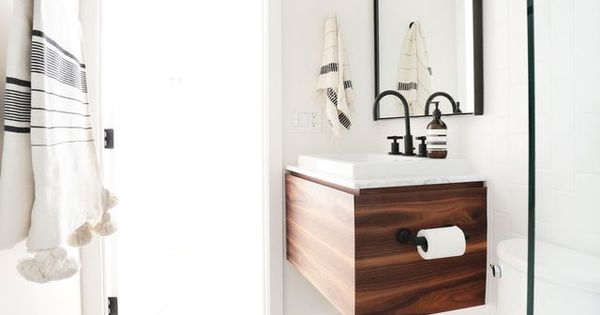 Gain de place petite salle de bain sur pinterest mini for Meuble vasque gain de place