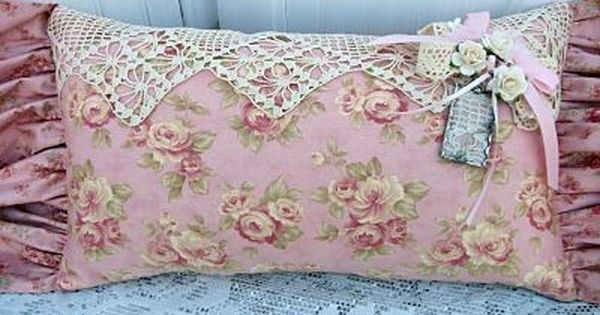 Romantic cottage pillow Shabby Chic Pinterest Romantic cottage, Romantic and Pillows