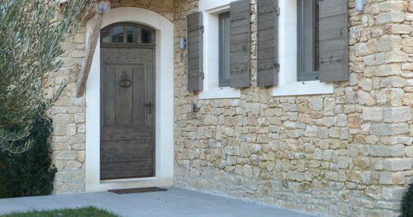 Porte fen tre et volets la patine des boiseries r hausse for Fabricant porte et fenetre