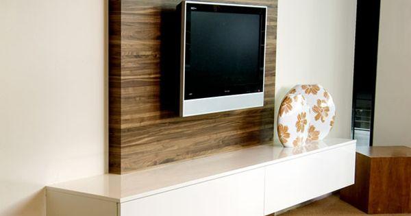 een speciaal paneel zorgt ervoor dat uw kabels mooi weggewerkt zijn in uw tv meubel woonkamer. Black Bedroom Furniture Sets. Home Design Ideas