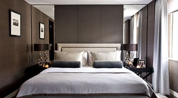 Inside a polished belgravia apartment with dramatic for Dramatic beds