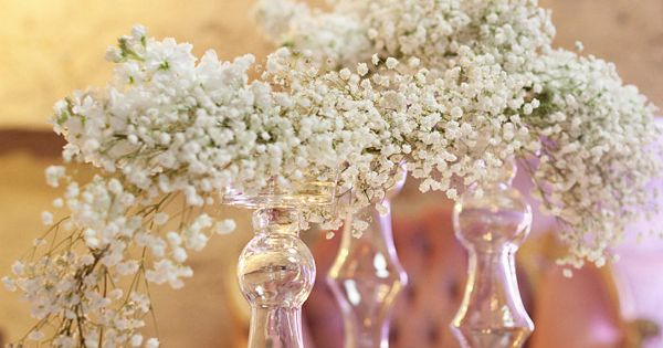 baby's breath can be edgy too // floral design: isariflowerstudio.com // photography: