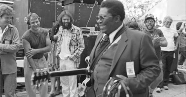 Robin Williams Neil Young And Bb King Bread And Roses Festival Photo By Henry Diltz Robin Williams Neil Young Music Photo