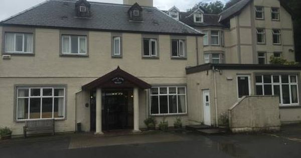 Loch Long Hotel Arrochar Featuring Free Wifi Loch Long Hotel Offers Accommodation In Arrochar The Hotel Has A Su House Styles Hotel Offers Outdoor Structures