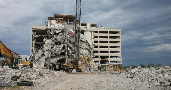 7 26 2012 St John S Hospital Is Coming Down With Images