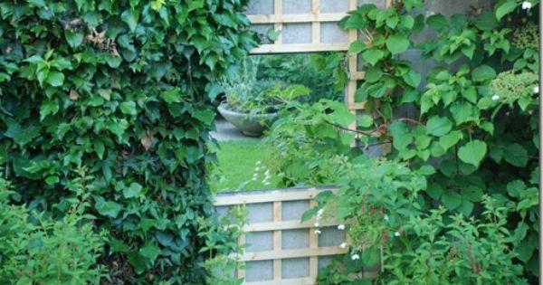 Miroir de jardin ou comment donner un effet trompe l 39 oeil for Miroir trompe l oeil fenetre