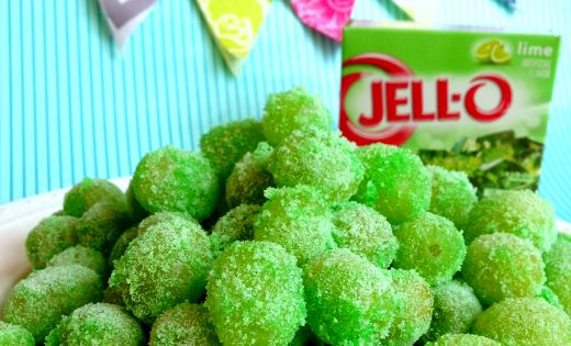 These Sour Patch Grapes are great for kids and very easy to