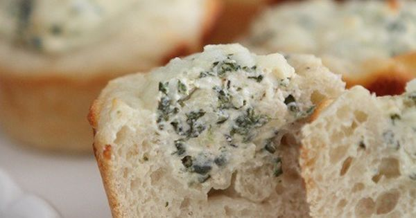 Baked Spinach Dip Mini Bread Bowls 13.3 oz roll of refrigerated french
