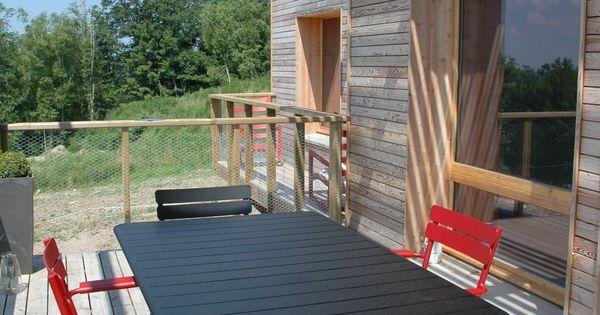 Une maison en bois cologique virginie farges c t for Extension maison yourte