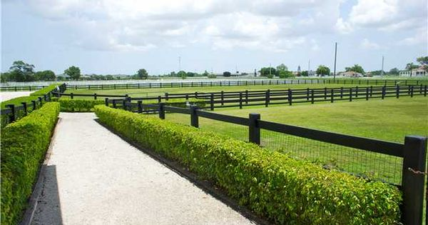 Nice Pasture Fence And Walkway Idea Horse Stables