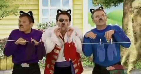 The Wiggles Three Little Kittens Youtube Kids Songs Kitten