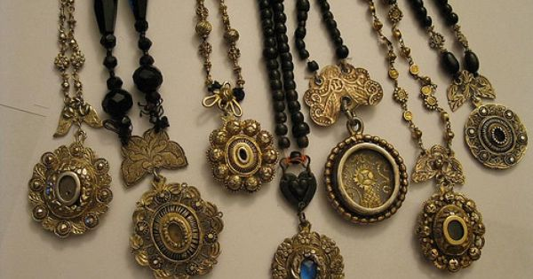tamburin relucario antique necklaces from the
