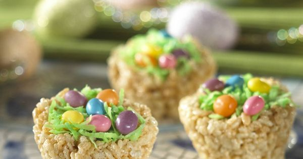 Easter basket rice krispie treats with jelly beans. Love this! I always