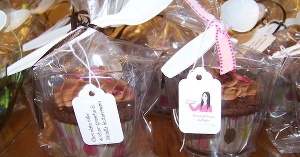 how to decorate and package single serve cupcakes for weddings and