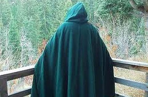 Step by step tutorial on making a basic cloak. This design is