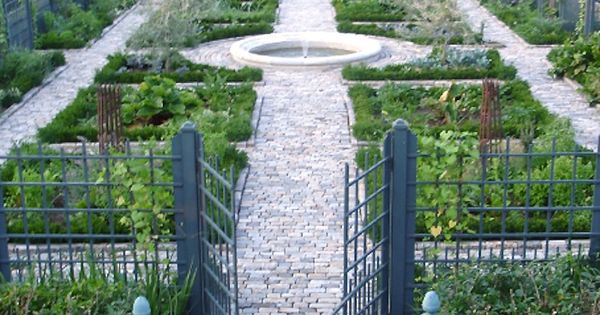 Architect andrea filippone 39 s elegant vegetable garden in for Elegant vegetable garden