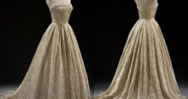 1000  images about Vintage Evening Gowns on Pinterest | Vintage ...