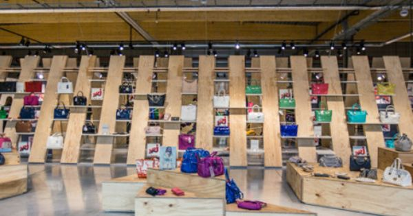 Upside store by marine tricot for Dep design interieur