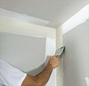 Inside Corners Seem To Be The Places In A Drywall Job Where People Encounter The Most Difficulty In This Issue S Build Drywall Corners Drywall Drywall Repair
