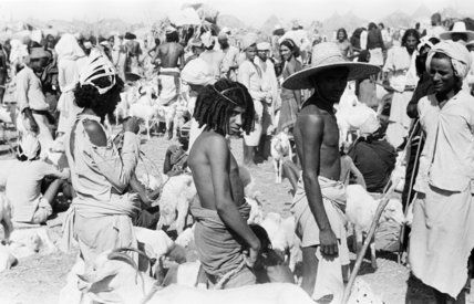 صور نادره من تهامة العام 1945ـ 1947 م منتديات جازان In 2021 Rare Pictures Straw Hat Pictures