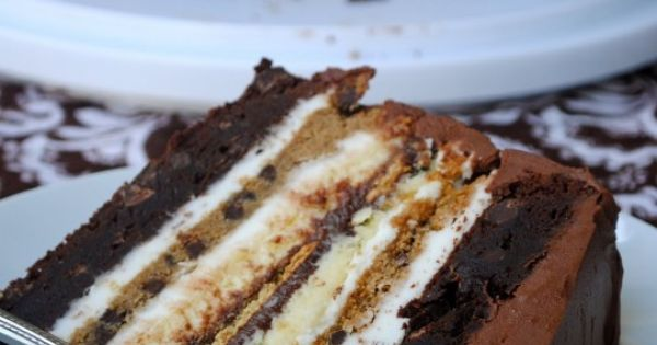 Ultimate 'Smores Cake: 2 brownie layers, 2 cheesecake layers, 2 chocolate chip