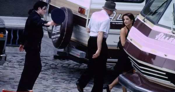Michael Jackson hats off to Lisa Marie - candid rare | The ...