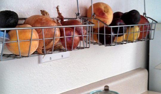 kuchenschranke clever einrichten : ... kleine K?che einrichten Kleine K?chen, Therapie und Waschbecken