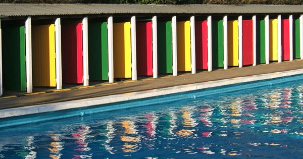 Escape The Heat At One Of London 39 S Best Outdoor Swimming Pools Art Deco We And Pools
