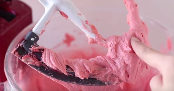Make the Best Buttercream Frosting in Any Flavor With Her Easy Recipe ...