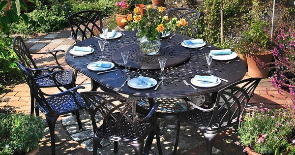 Gloria cast aluminium 8 seater table set garden for Ensemble table et chaise 6 personnes