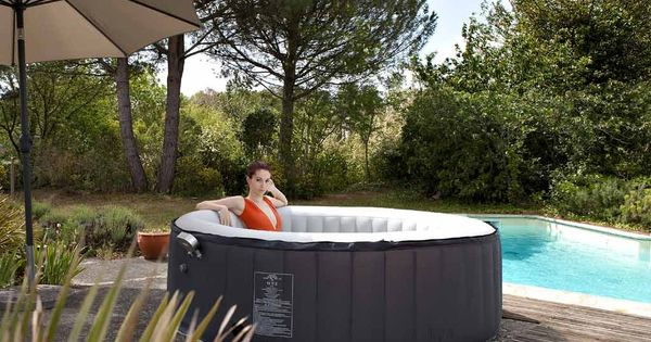 Jacuzzi gonflable ext rieur spark family 6 8 places jacuzzi - Jacuzzi gonflable 6 places ...
