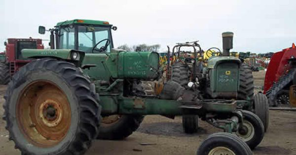 oliver 1650 tractor salvaged for used parts this unit is. Black Bedroom Furniture Sets. Home Design Ideas