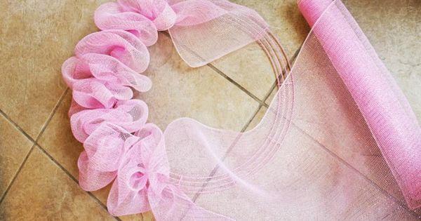 Miss Kopy Kat How To Make A Deco Mesh Ruffle Wreath