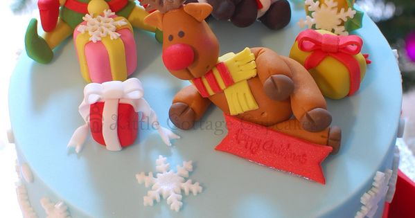 Cute Christmas cake. holidays cake christmas