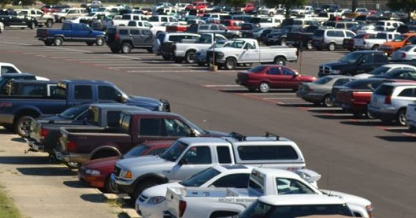 Newark Airport Parking Reservations Https Www Weparkyouflyairportparking Com Airport Parking Kennedy Airport Jfk