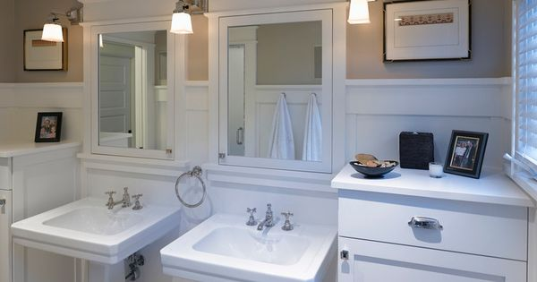 Craftsman Master Bathroom Mirrors Light Fixtures Floor