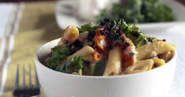 Jordan's Family of Foodies for Meatless Monday: spicy kale & chèvre penne