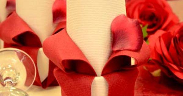 Ma trisez l 39 art du pliage de serviette en fleur de lys pour blouir vos i - Art du pliage de serviette ...