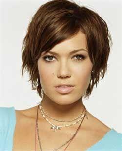 The Best Collection Of Short Choppy Haircuts Latest And Best Short Choppy Haircuts Choppy Hairstyle Mandy Moore Short Hair Mandy Moore Hair Short Choppy Hair
