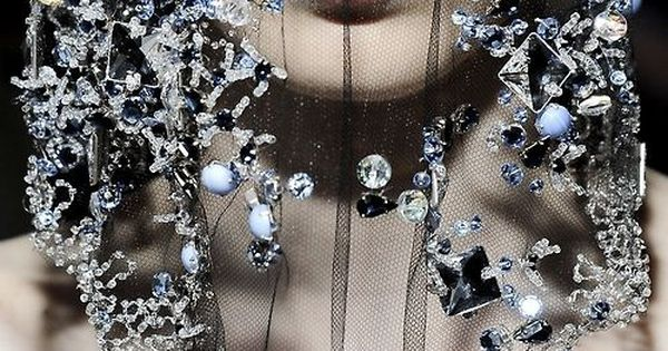 ARMANI PRIVE, HAUTE COUTURE. This would look beautiful in on a bridal