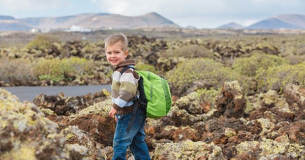 10 hiking with kids posts to read