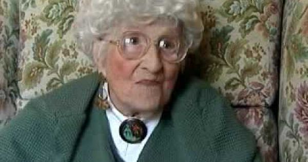Titanic's last survivor dies. She would have been an interesting person to talk to | Interesting ...